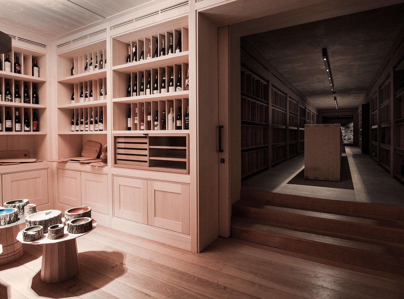 Almhof Schneider wine
